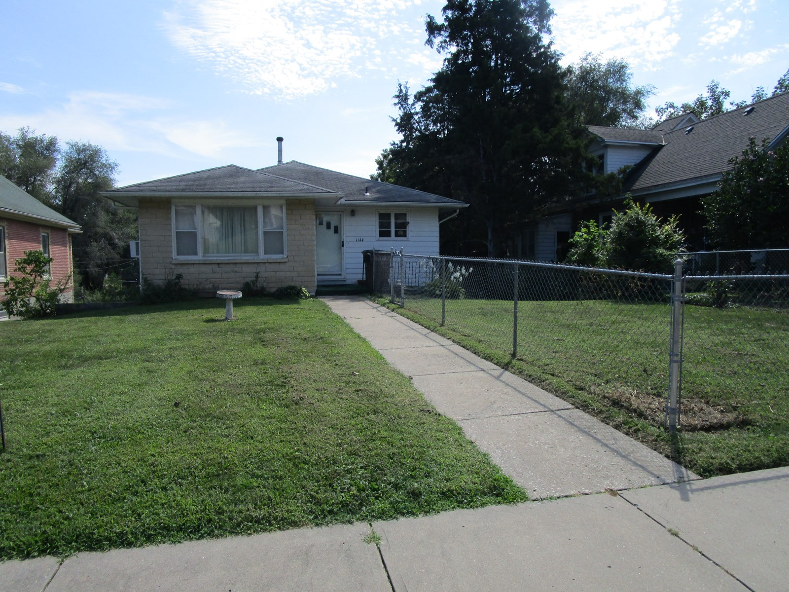 3 Bedroom 1 Bath With Walk Out Basement