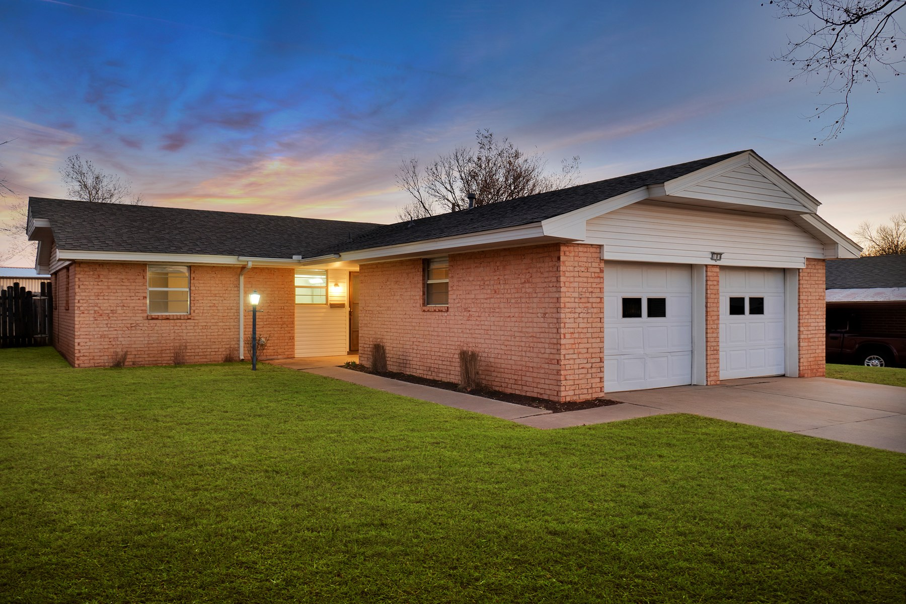 REMODELED HOME FOR SALE IN ELK CITY WITH 3 BEDROOMS