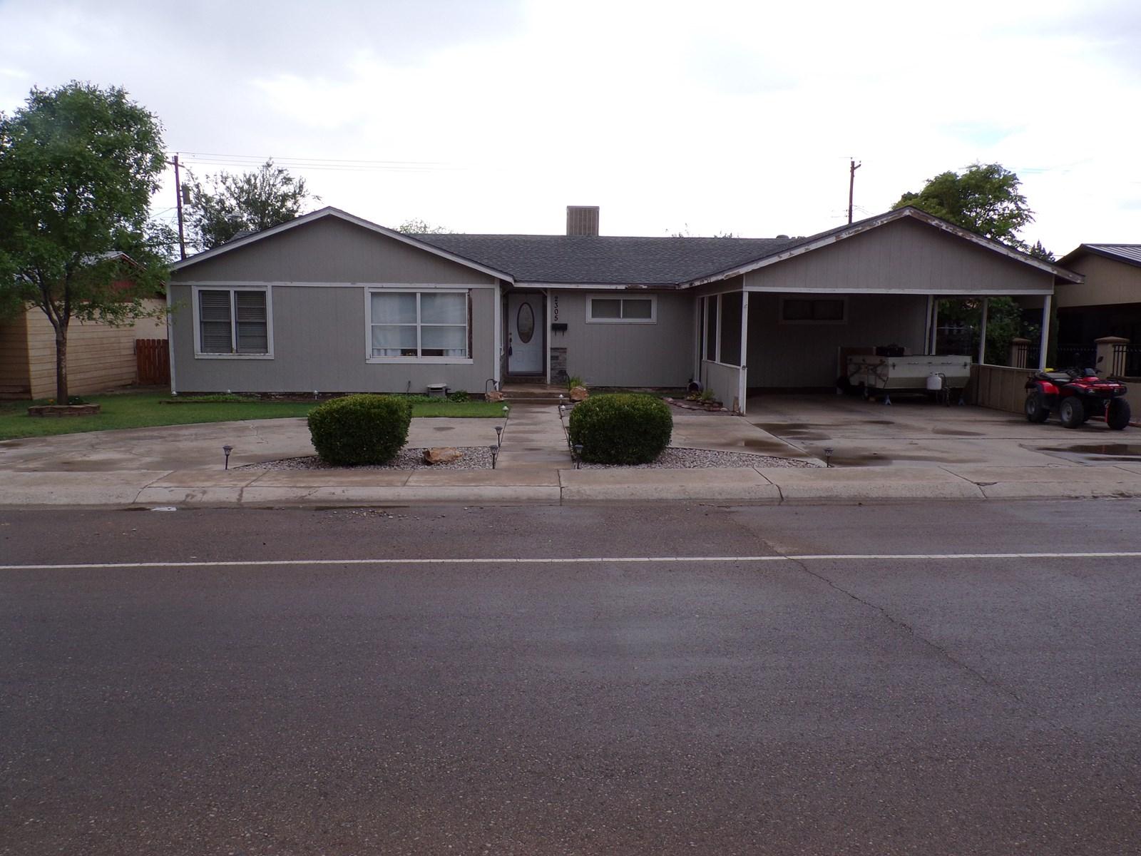 4 Bedroom 2 Bath Home in Alamogordo, NM