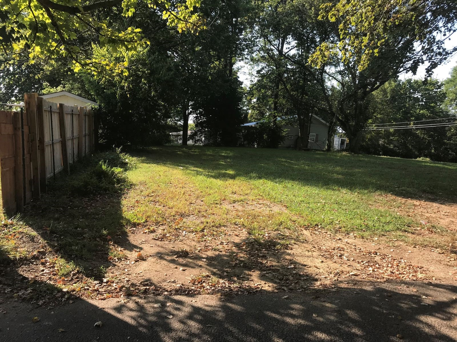 .13 Acre Lot, Glasgow KY, Water, Electric, Quiet Community