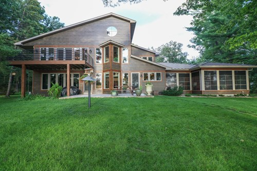 Luxury Chain O' Lakes Home for Sale Waupaca, WI