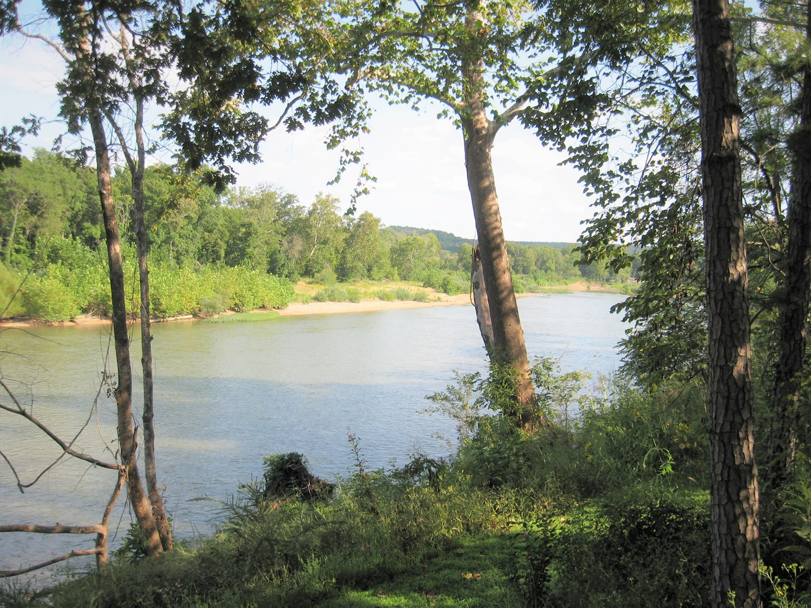 FOR SALE RIVERFRONT COTTAGE FOR SALE  IN PHELPS COUNTY MO.