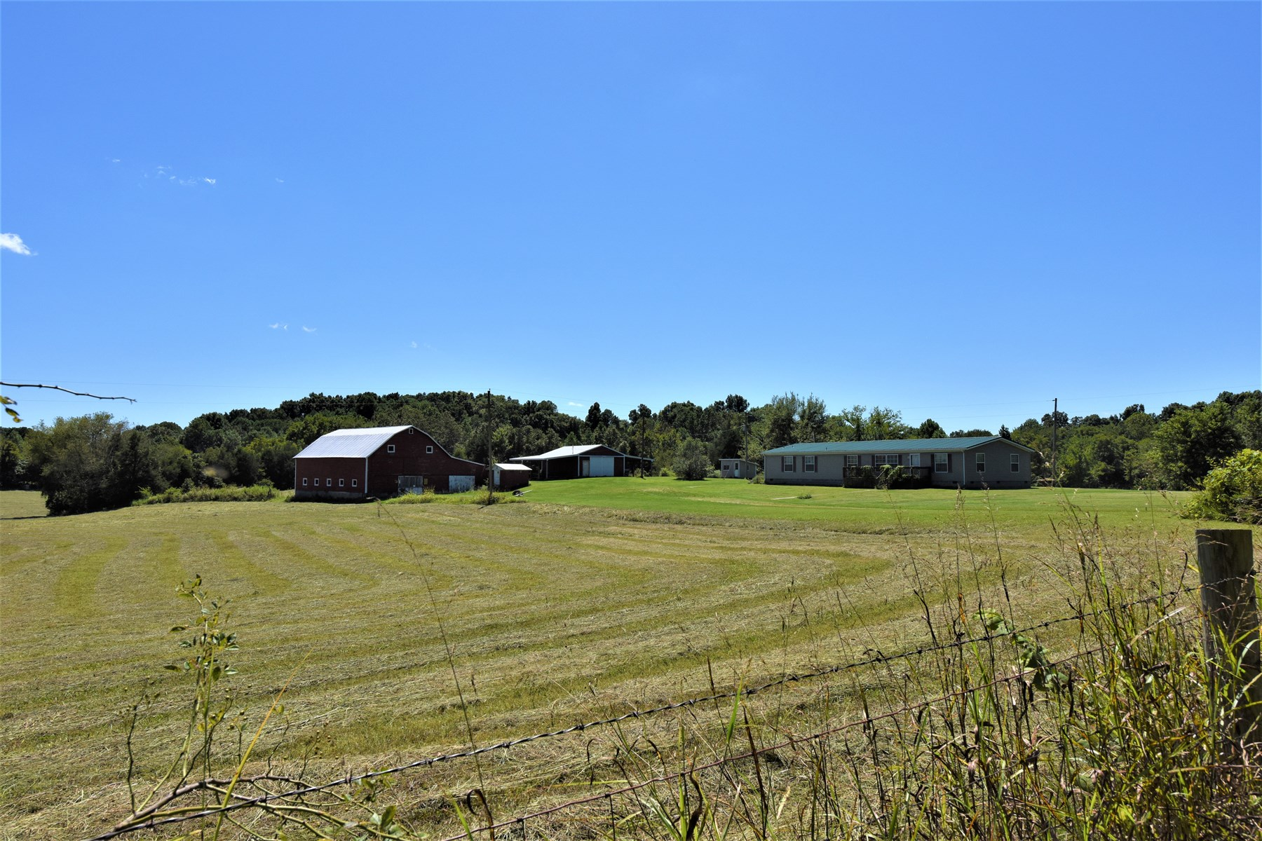 Ideal Hobby Farm with  Large Home, Garage and Barn