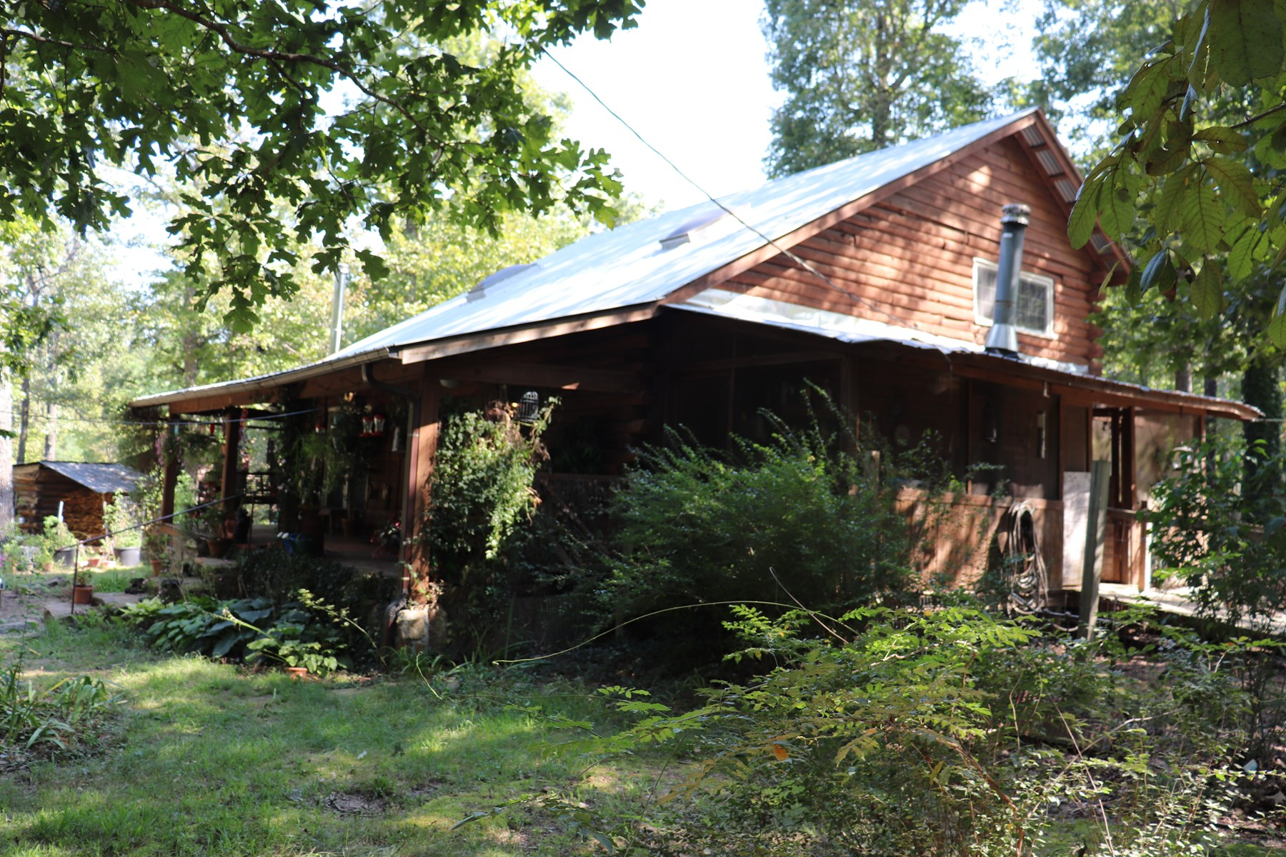 4 Bed/2 Bath Log Cabin on 7 Acres M/L