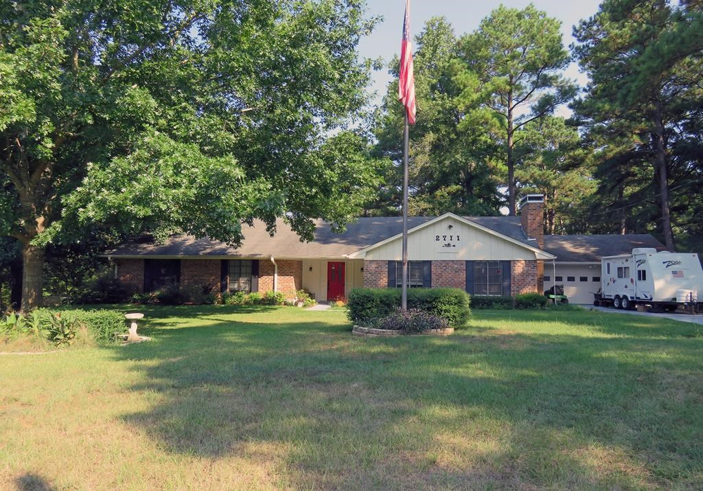 DESIRABLE HOUSE FOR SALE IN ANDERSON COUNTY