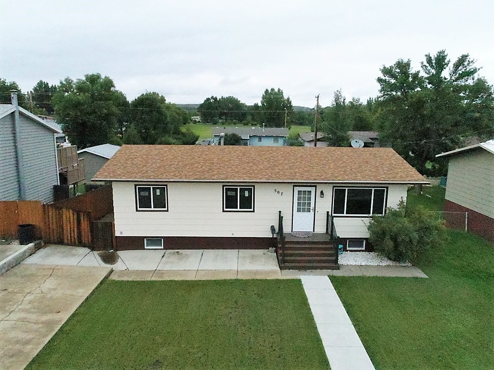 Newly updated 5 bedroom 2 bath home for sale in Glendive
