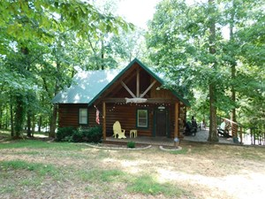 TN LOG CABIN FOR SALE WITH WATER VIEW, DECKS, PORCHES