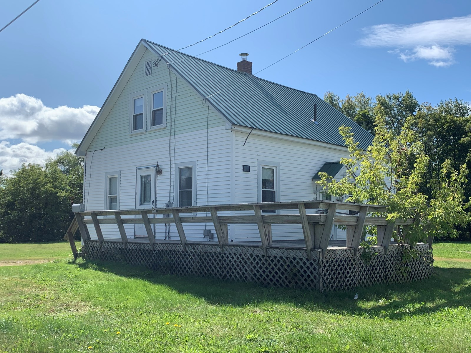 In-Town Home For Sale in Lincoln, Maine