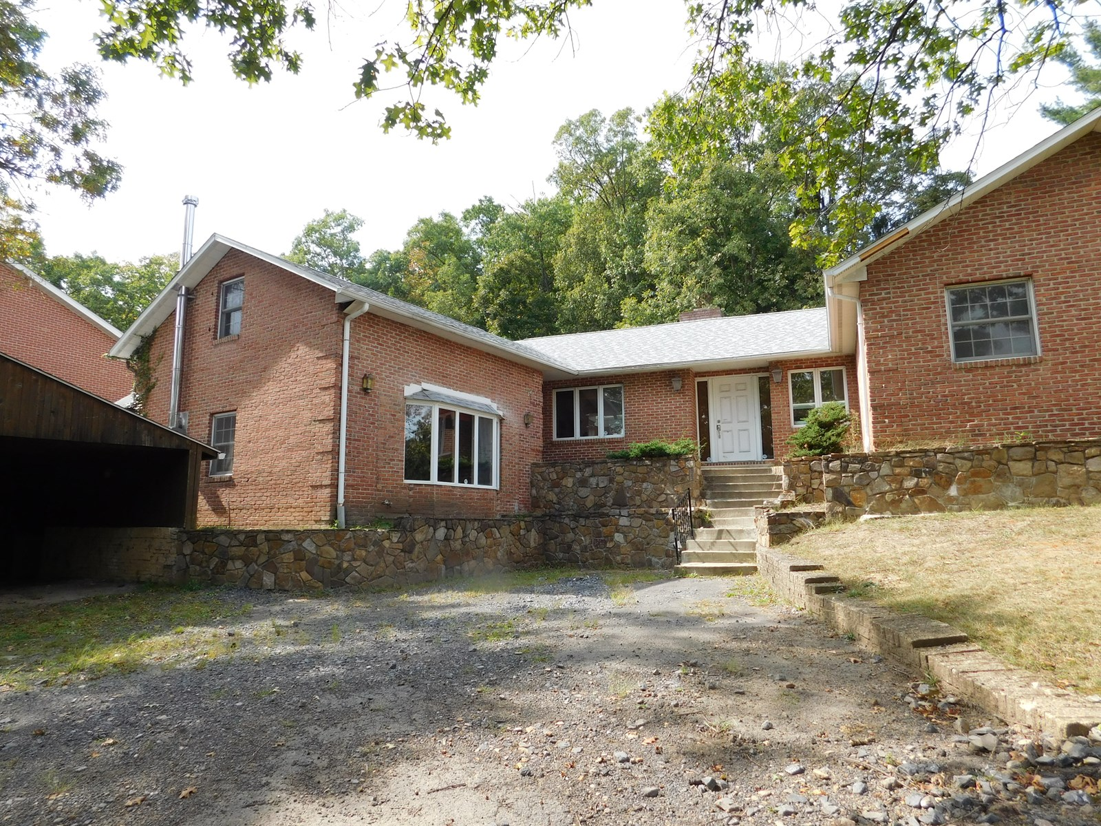 Cumberland MD Contemporary Home