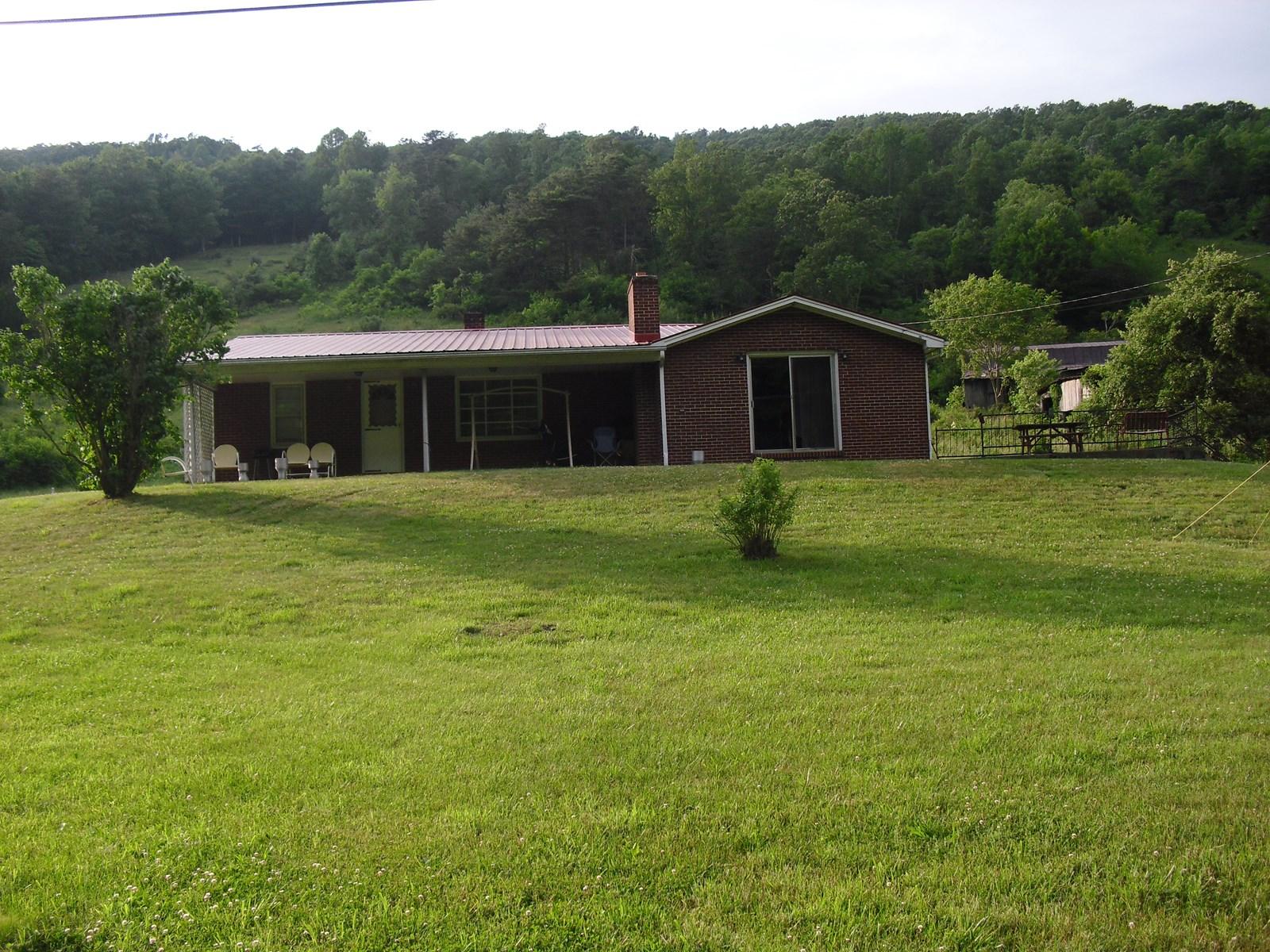 4 Bedroom 2 Bath Brick Ranch on 4 Acres, near Marion, VA!