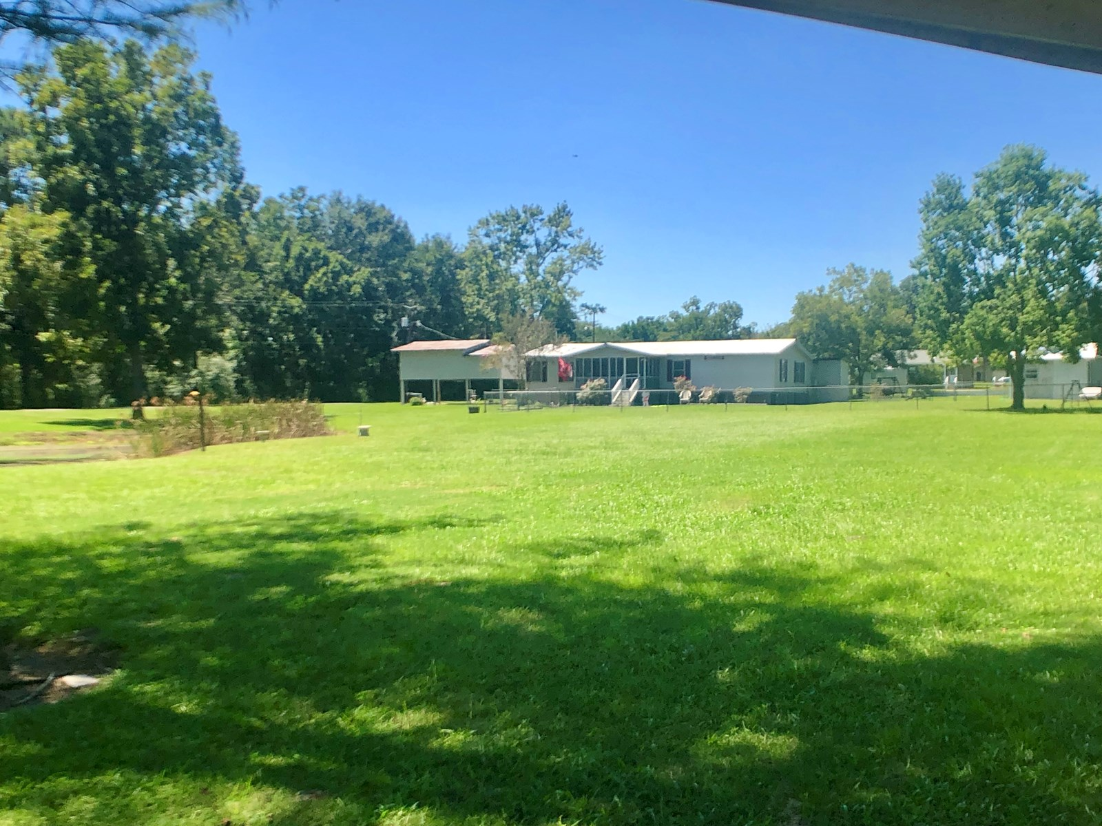 3B/2B Mobile home for sale on 1.5 acres in Slocomb, AL