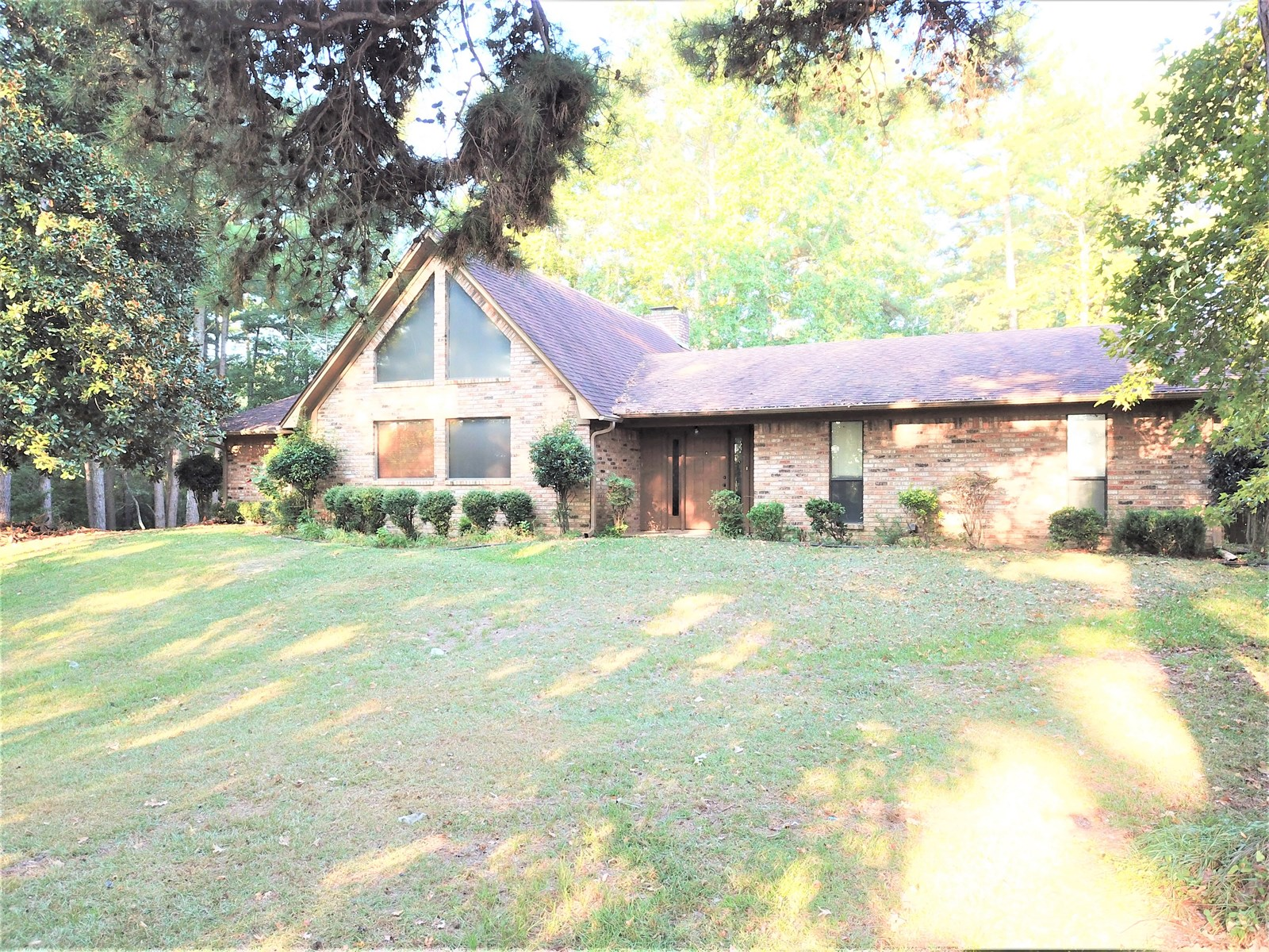 County Home with Acreage For Sale Atlanta, TX Cass County