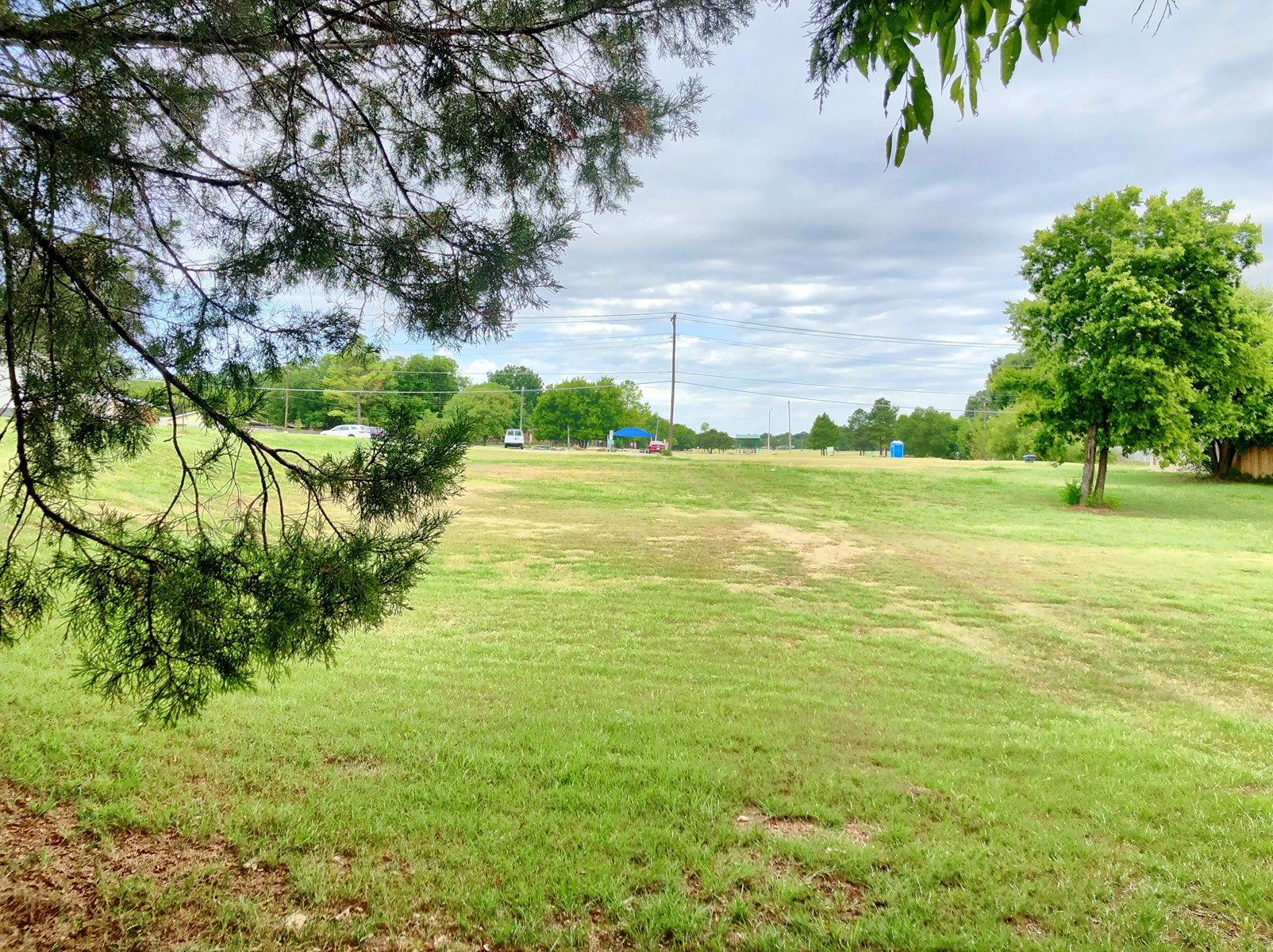 BUILDING LOT- ACROSS FROM PARK IN ARDMORE, OK