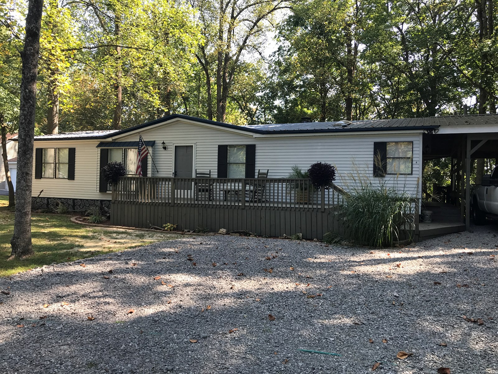 Home for sale only minutes from Dale Hollow Lake, Albany KY