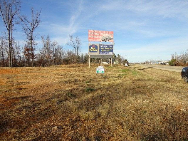Commercial lot for sale in Arkansas Hi traffic count Hwy
