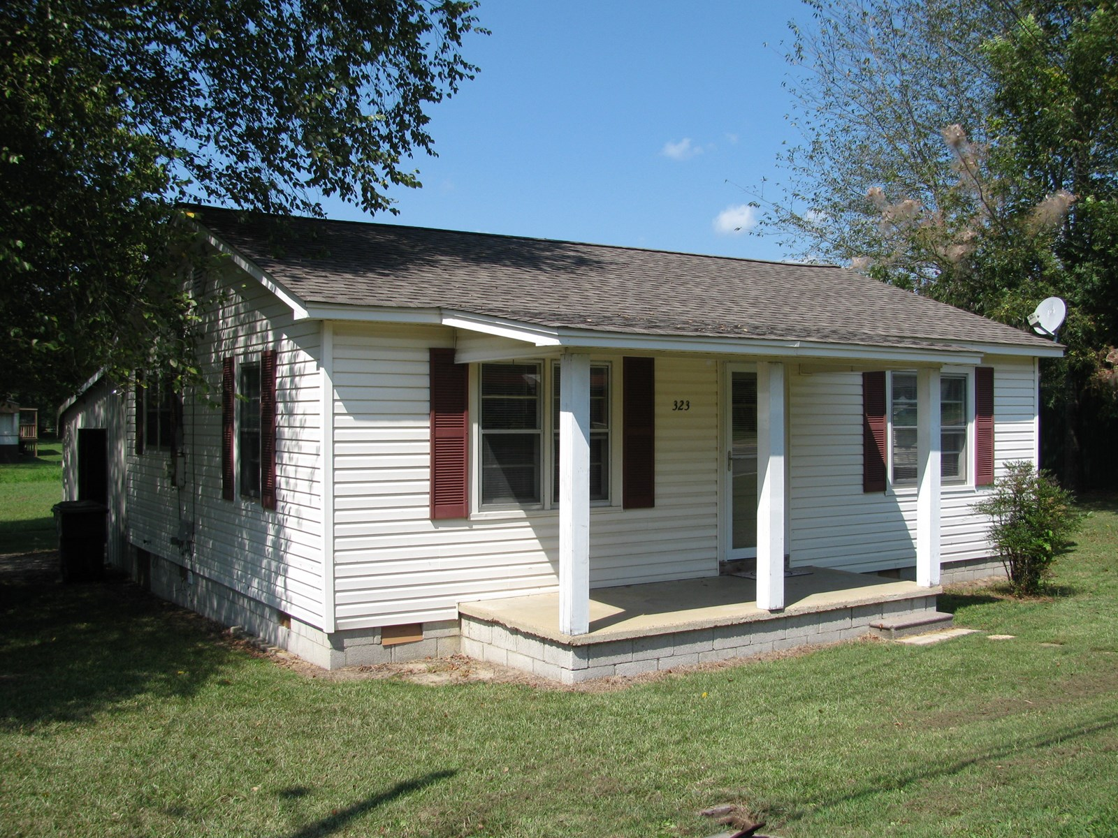 2 BEDROOM HOME FOR SALE IN ADAMSVILLE, TN MCNAIRY COUNTY