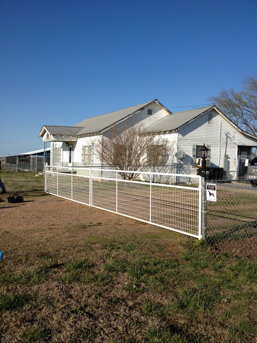 Country Home On Farm & Ranch Land For Sale Blossom Texas
