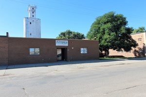 APARTMENT COMPLEX FOR SALE IN GLENDIVE