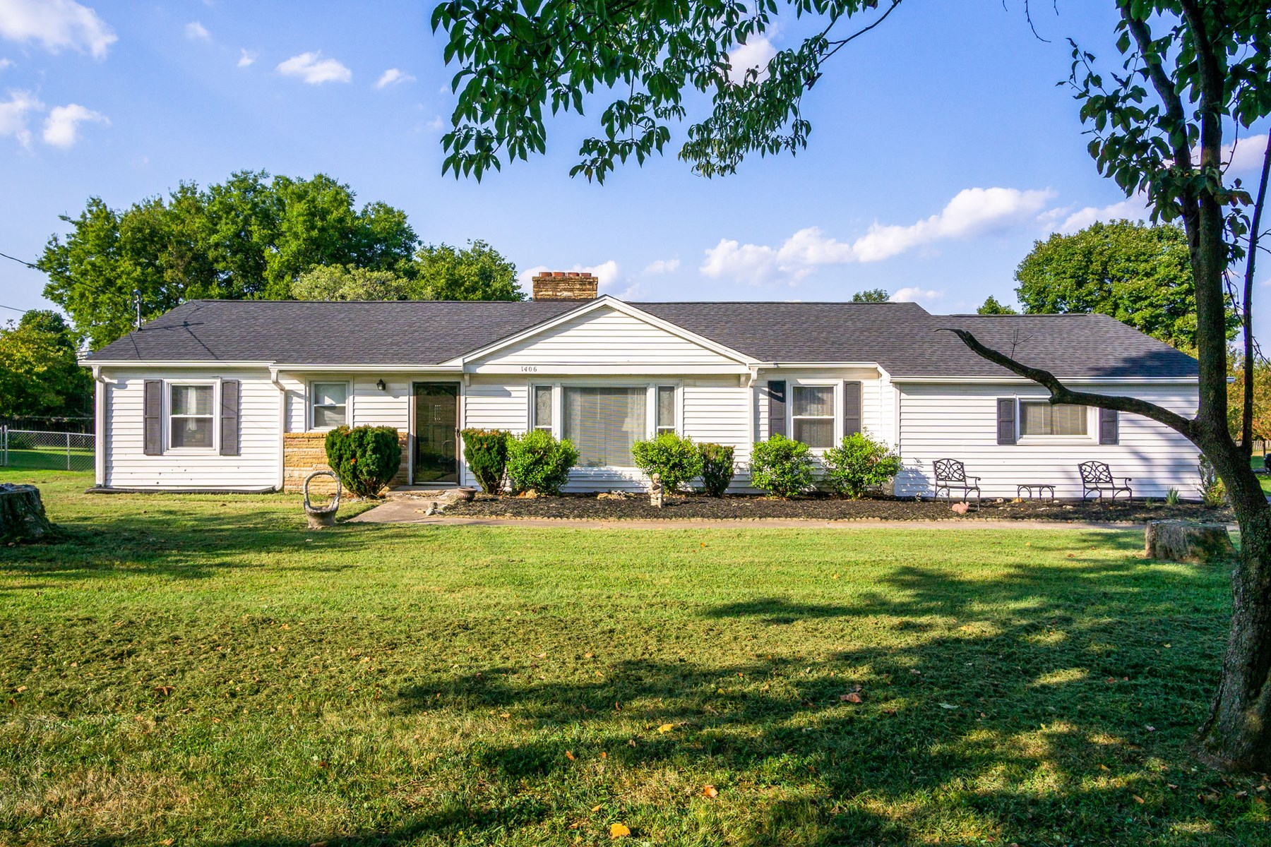Updated 3 Bedroom/2 Bath Home, Located in Maury Co., Tenn