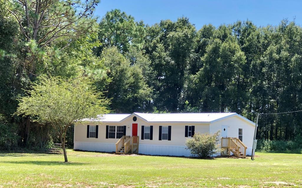 COUNTRY HOME on 4+ Acres in O'Brien, FL-Completely Remodeled
