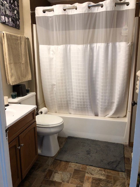 Upper Full Bath