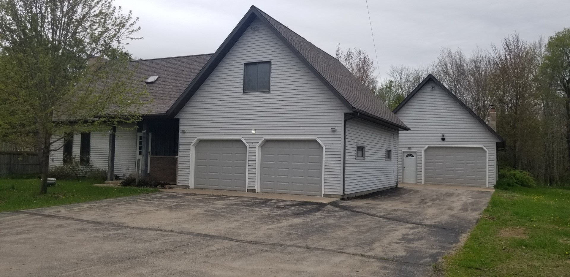 Home for Sale in Waupaca, WI