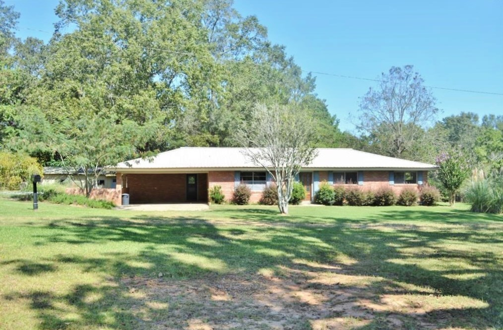 3 Bed/2 Bath Home, 3.4 Acres for Sale NPSD, Summit, MS