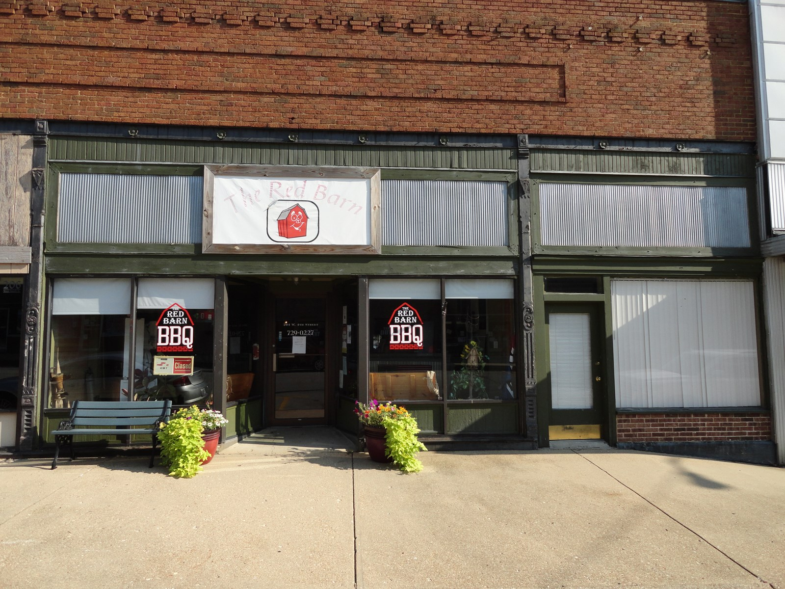 Great Location in Downtown Salem, Missouri!!