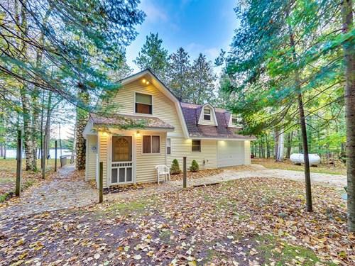 Lakefront Home for Sale Rainy Lake Millersburg MI