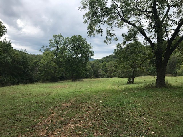 Boxley Valley Arkansas Land for Sale joins Buffalo River Prk