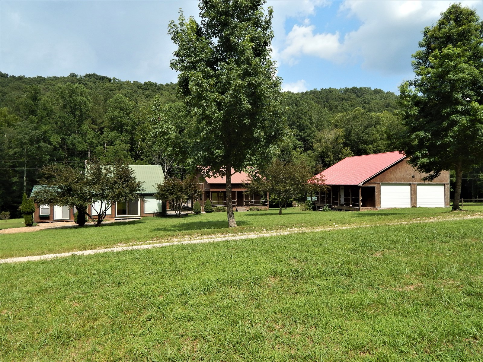 Rustic Tennessee Country Home For Sale!!! Country Setting!