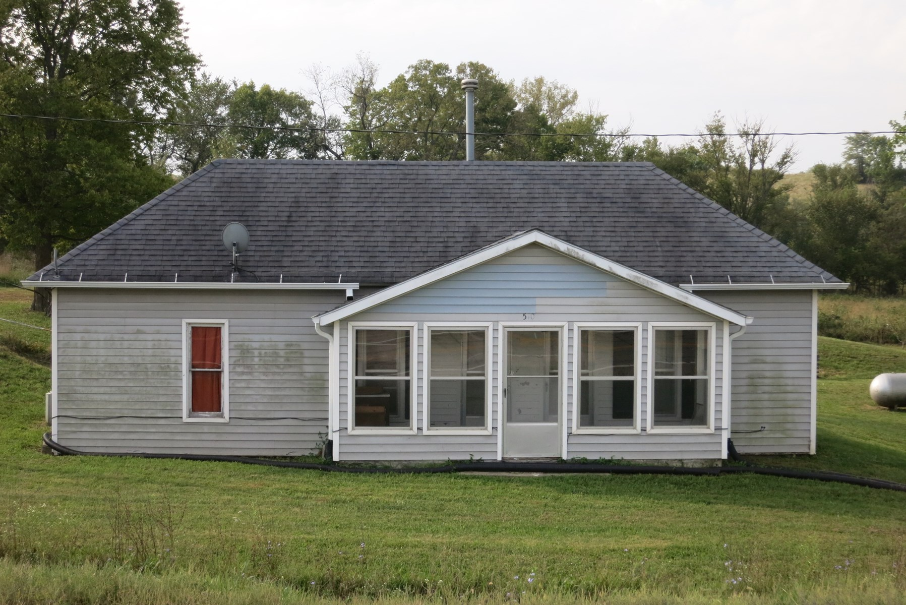 Home and 10 Acres in Northwest Missouri
