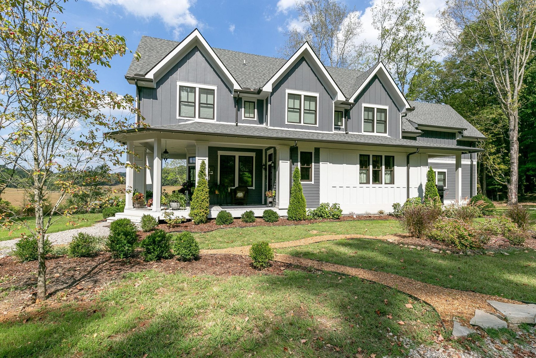 A Showcase of Country Style For Sale in Santa Fe, TN!!