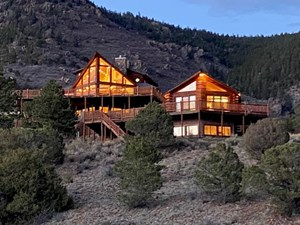 EXECUTIVE RETREAT HOMES FOR SALE IN WESTCLIFFE, CO