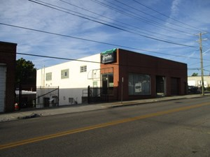 ROANOKE, VA- DOWNTOWN COMMERCIAL BUILDING WITH BUSINESS