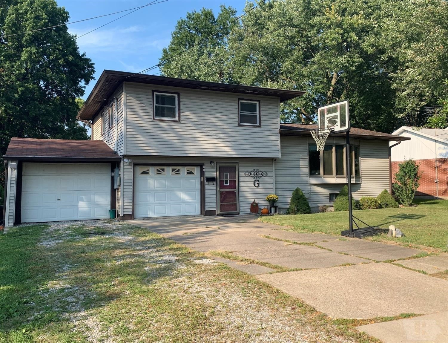 3-Bedroom, 1 1/2 Bath Home For Sale in Fairfield, IA