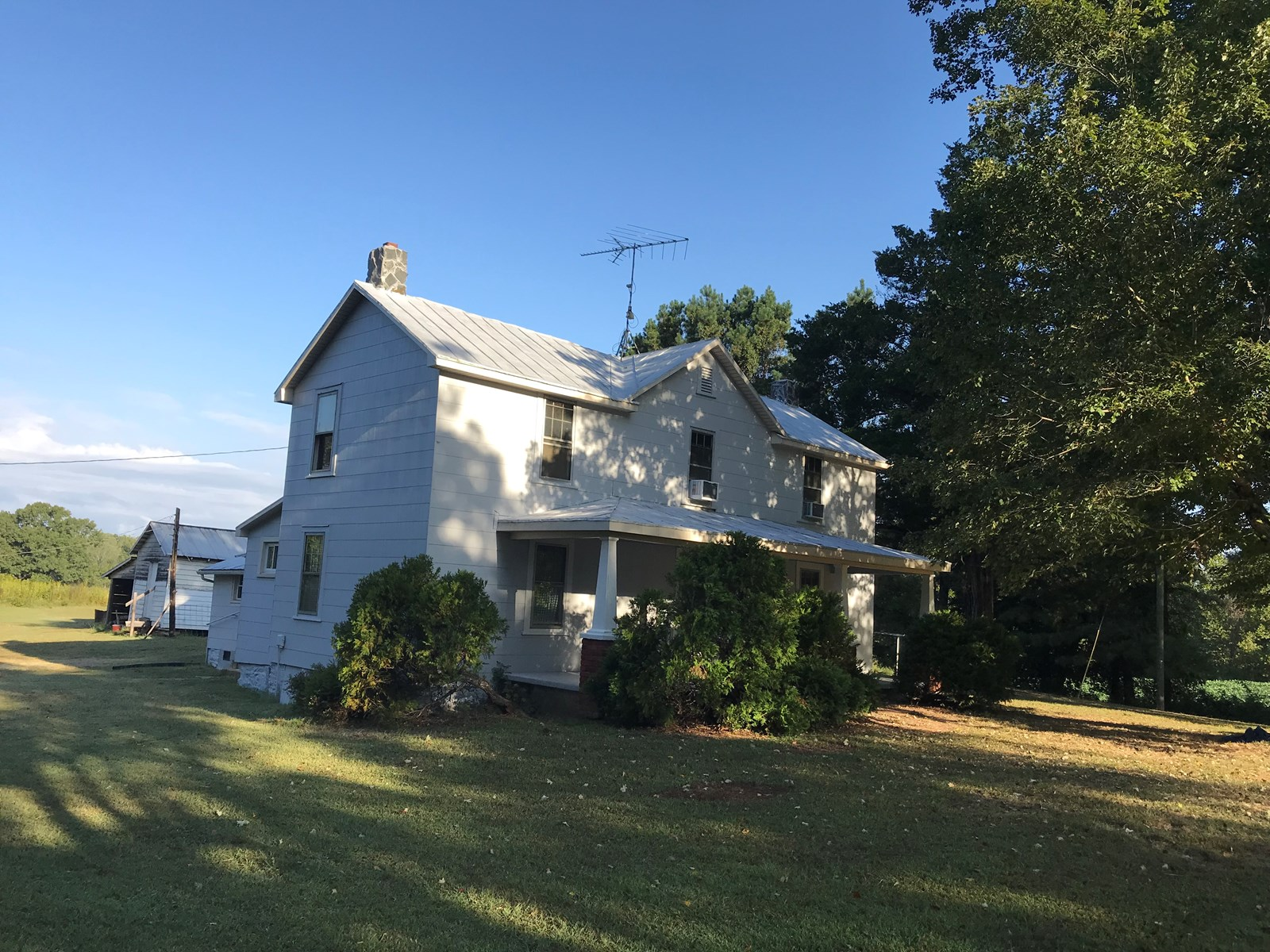 The Homeplace on Pecan Ridge, 3.4 ACRES HALIFAX COUNTY, VA