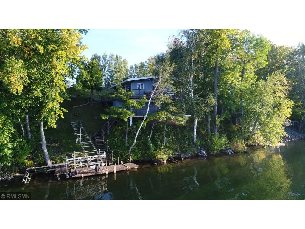 Seasonal Lake Cabin For Sale on Sturgeon Lake, Pine CountyMN