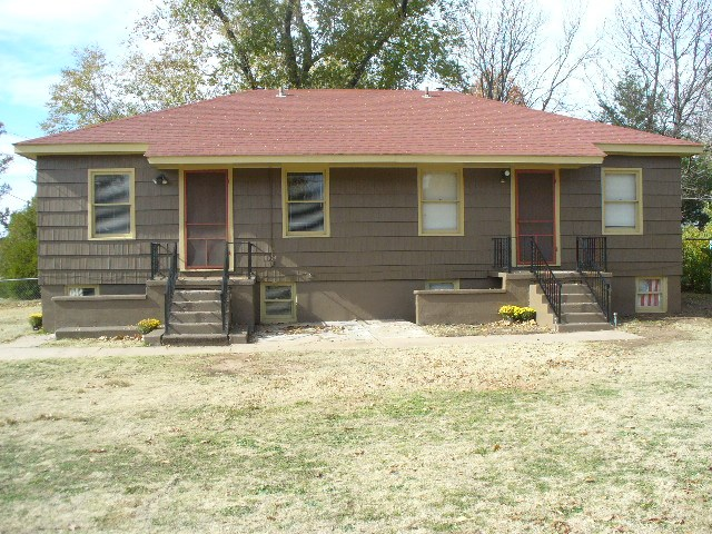 Medicine Lodge, KS Income Property at Internet Auction