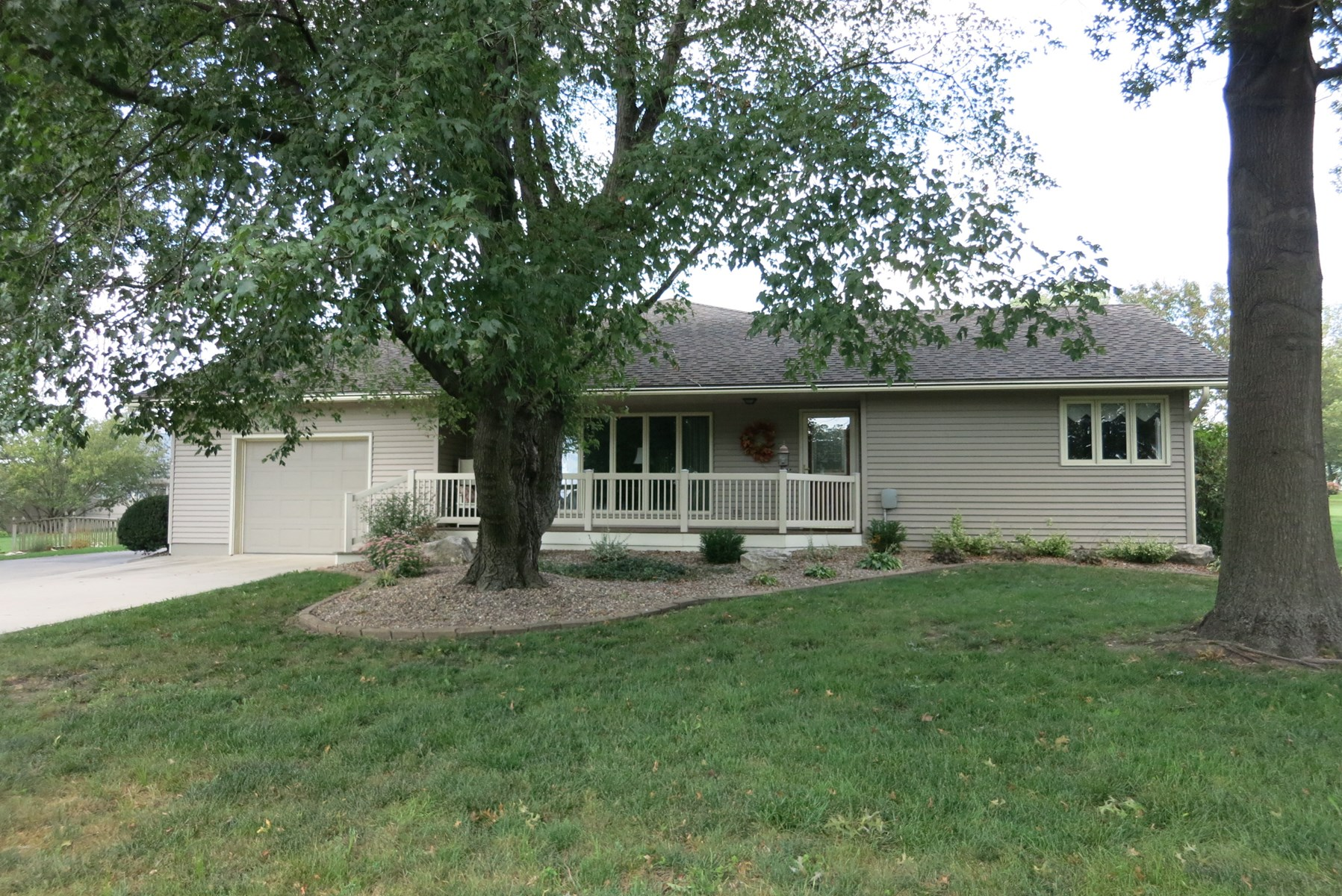 Ranch Home on Large Lot in Bethany Missouri