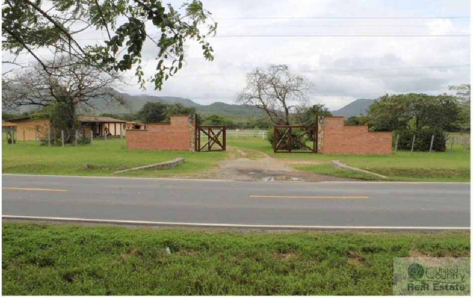 EQUINE FARM FOR SALE IN PENONOME PANAMA