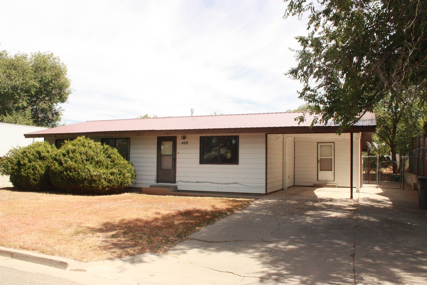 Three BR, two bath home with a huge yard in Cortez, Colorado
