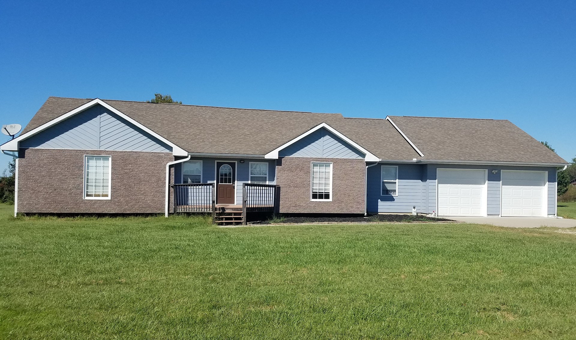Lovely Home For Sale, Henry Country Missouri