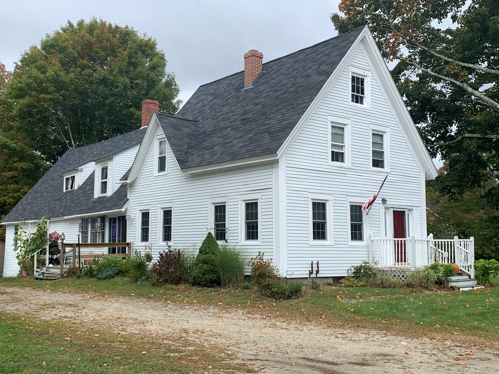 Vintage New England Farmhouse For Sale in Maine