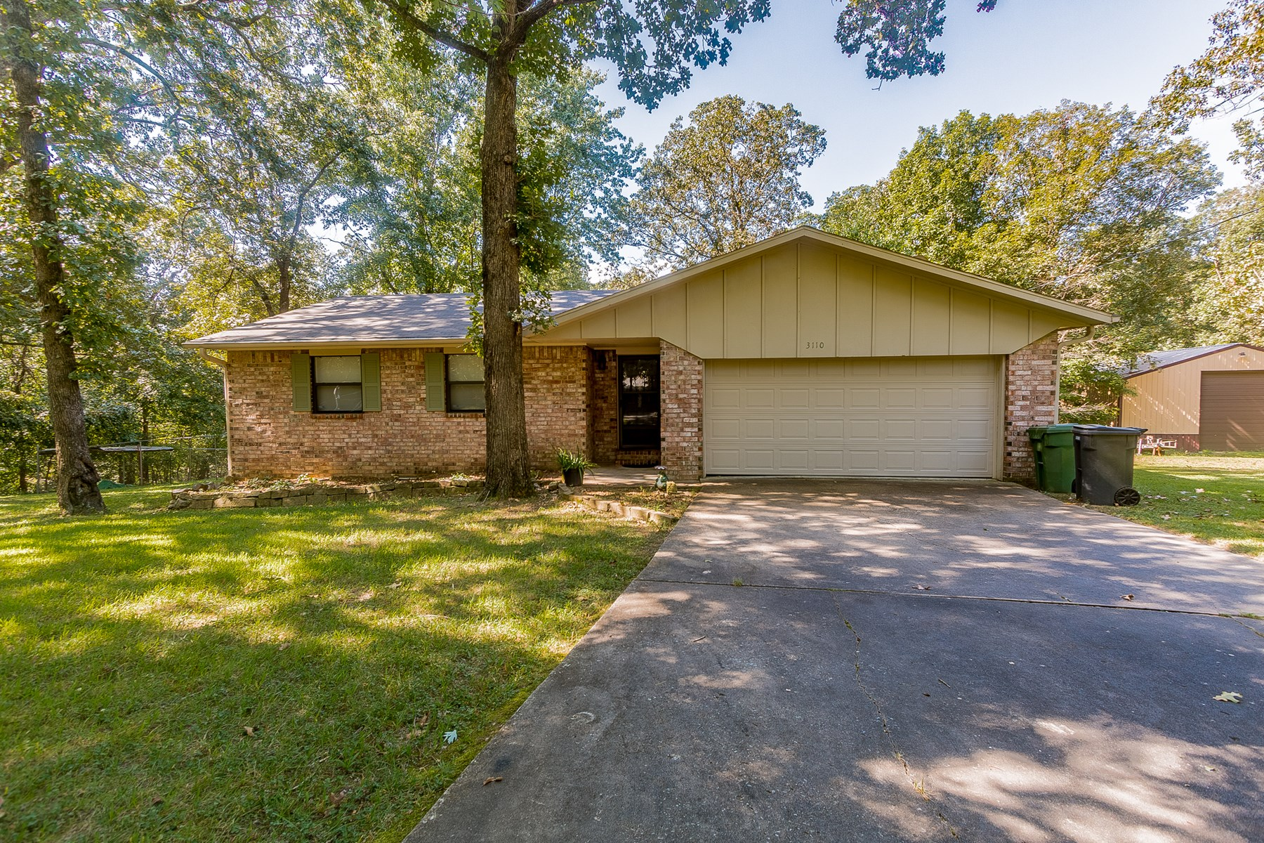 Charming Benton County Country Home For Sale