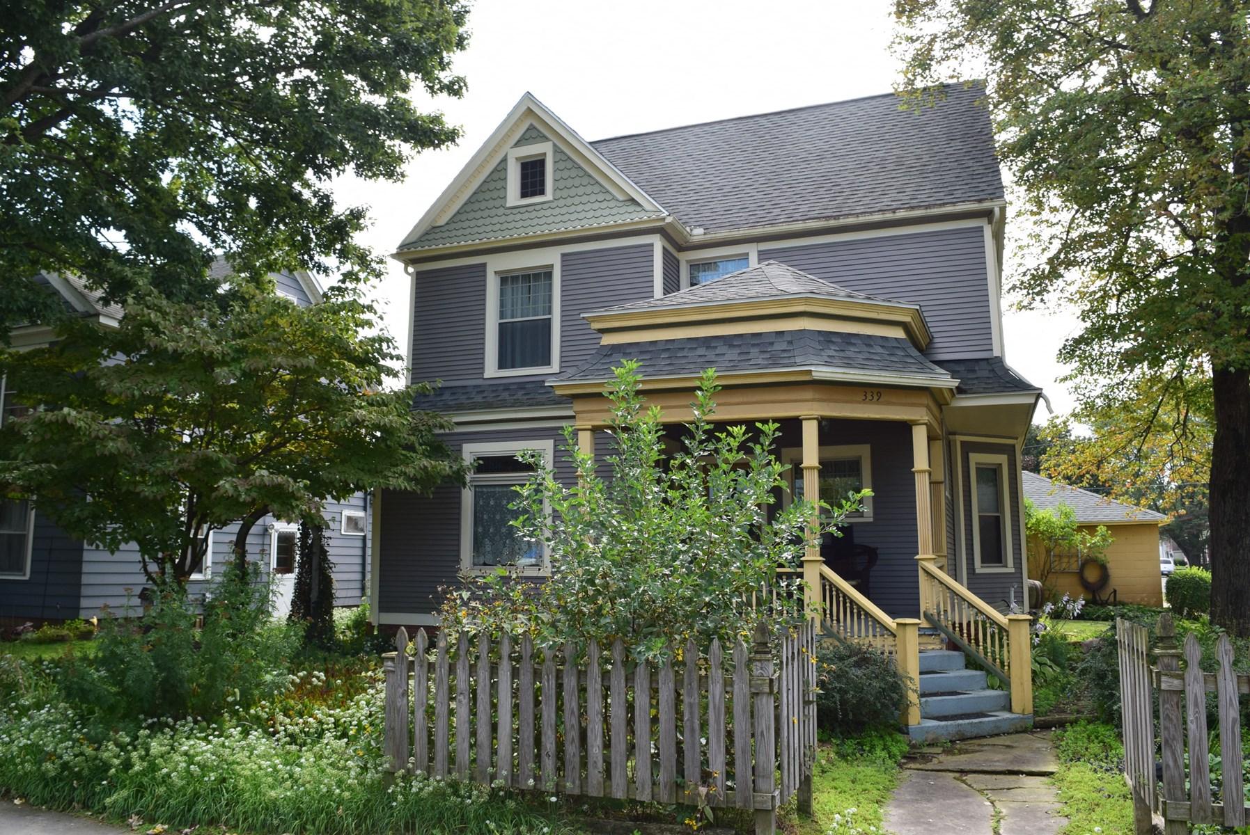 Kuenzli Real Estate Auction - Nov. 2 @ 10am