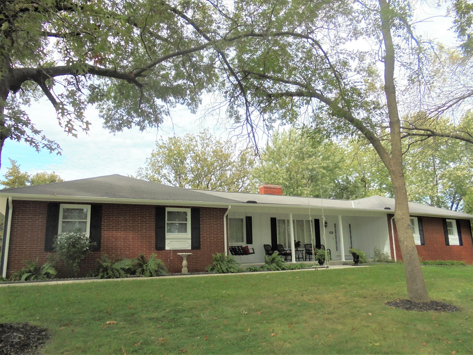 For Sale! Corner Lot, Ranch Home in Chillicothe, Missouri
