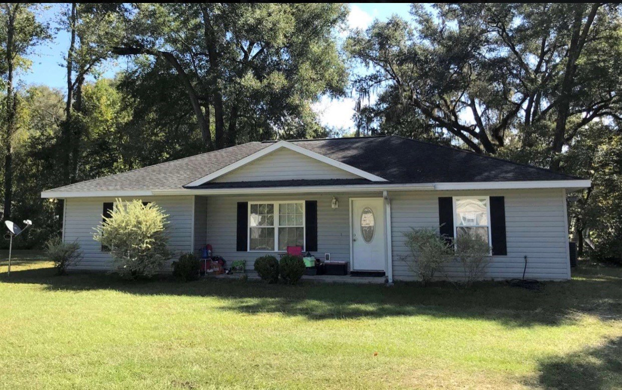 Perfect Investment or a home for you!!