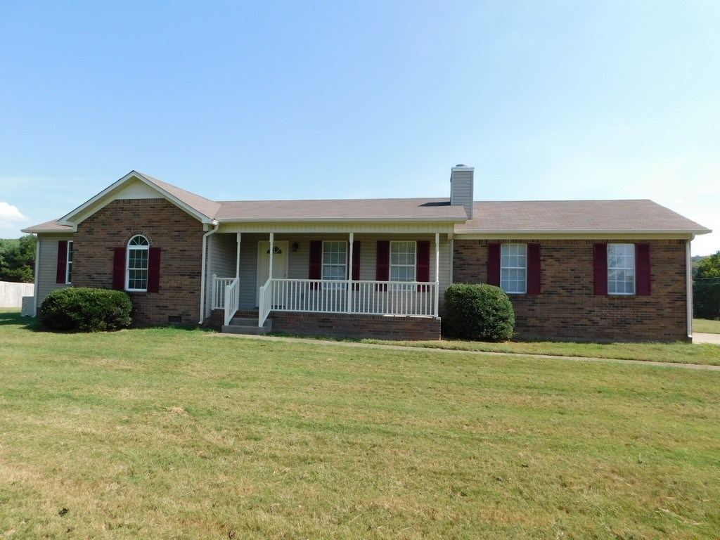 Partial Brick Home on Corner Lot in Culleoka Tennessee