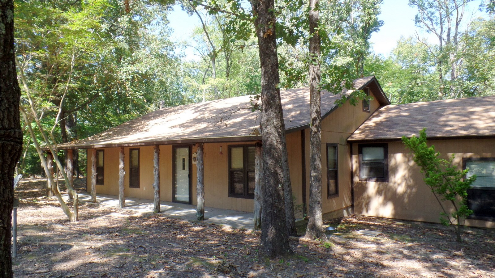 ALMOST 13 WOOD COUNTY TEXAS ACRES - DEEP WELL - NEW ROOF